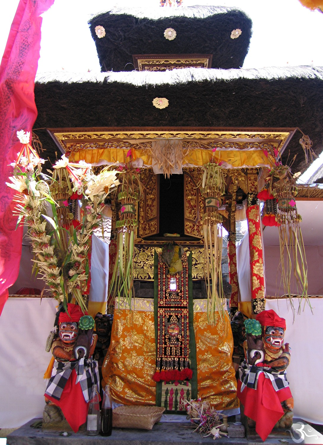 house temple is decorated for the inauguration (Pemangku Made Kulit)
